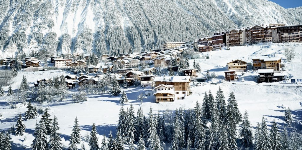 Courchevel 1850 Resort Image - luxury ski holidays