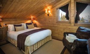 Chalet Chinchilla Master Bedroom