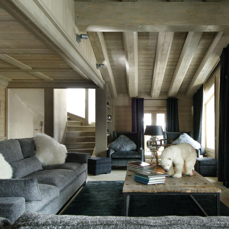 Chalet Black Pearl Living Room