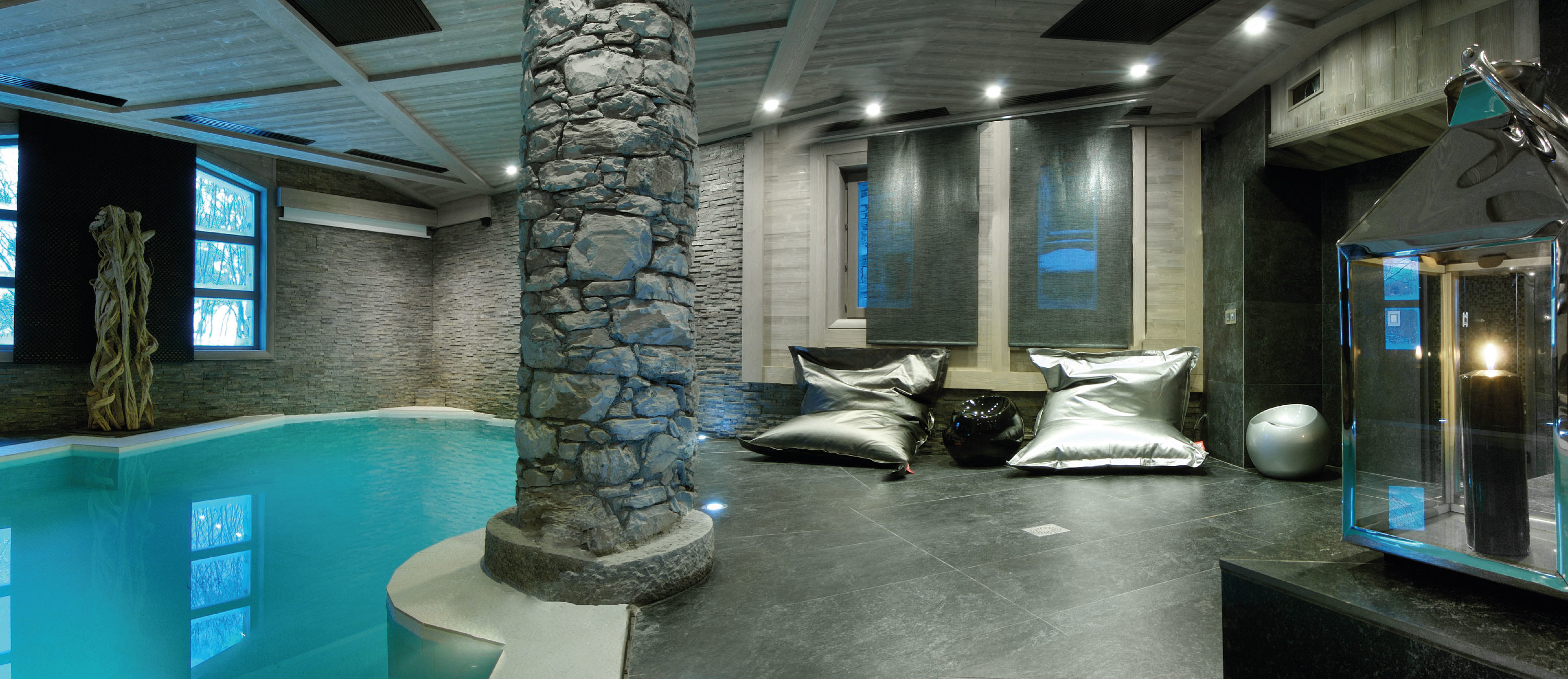 Chalet Black Pearl in Val d'Isère Spa Area with Indoor Swimming Pool