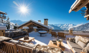 Snow covered terrace at Chalet Chouqui