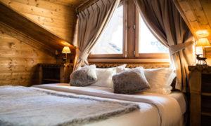 Luxury Ski Chalet in Courchevel Cosy Bedroom