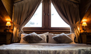 Cosy chalet bedroom in Courchevel 1850