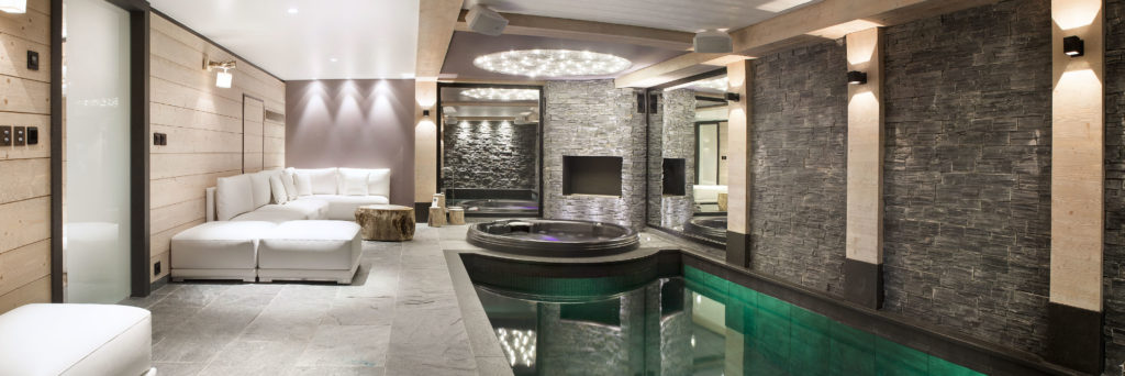 Chalet Colombe Indoor Swimming Pool & Spa Area