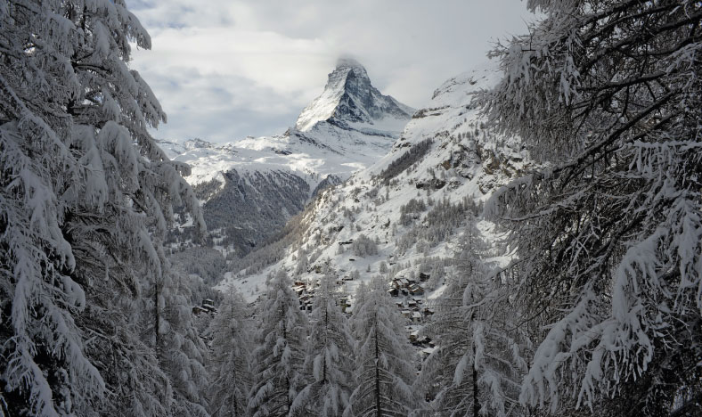 Views of the Matterhorn in the snow