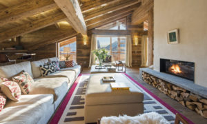Open fireplace at Place Blanche in Verbier
