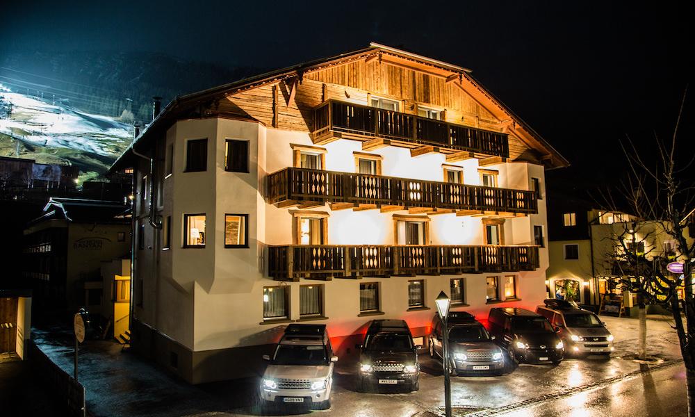 Montfort Lodge Exterior