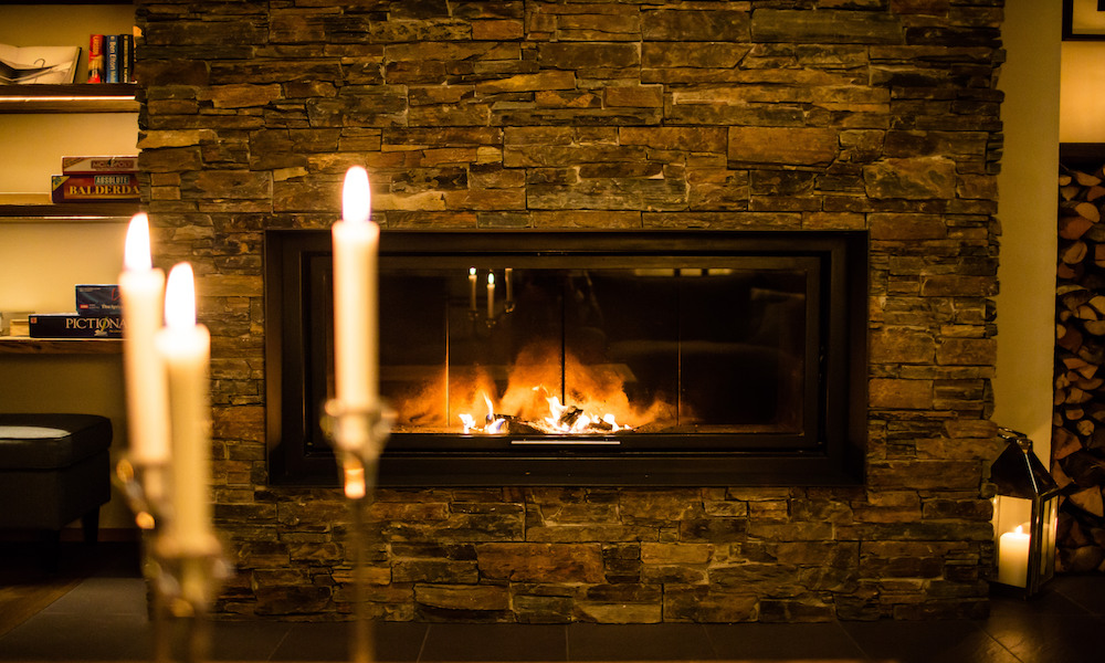 Open fireplace at Montfort lodge