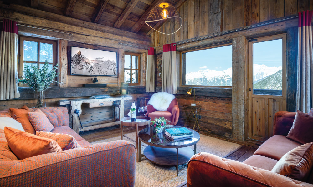 Snug with mountain views in Chalet Montana