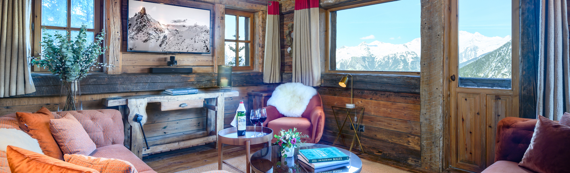 Montana Snug view of Courchevel